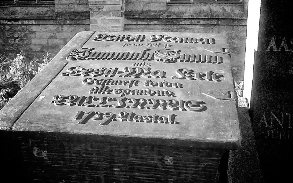 Eestikeelse piibli 250nda aasta monument